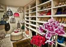 A-perfect-walk-in-closet-for-those-who-love-their-handbags-217x155
