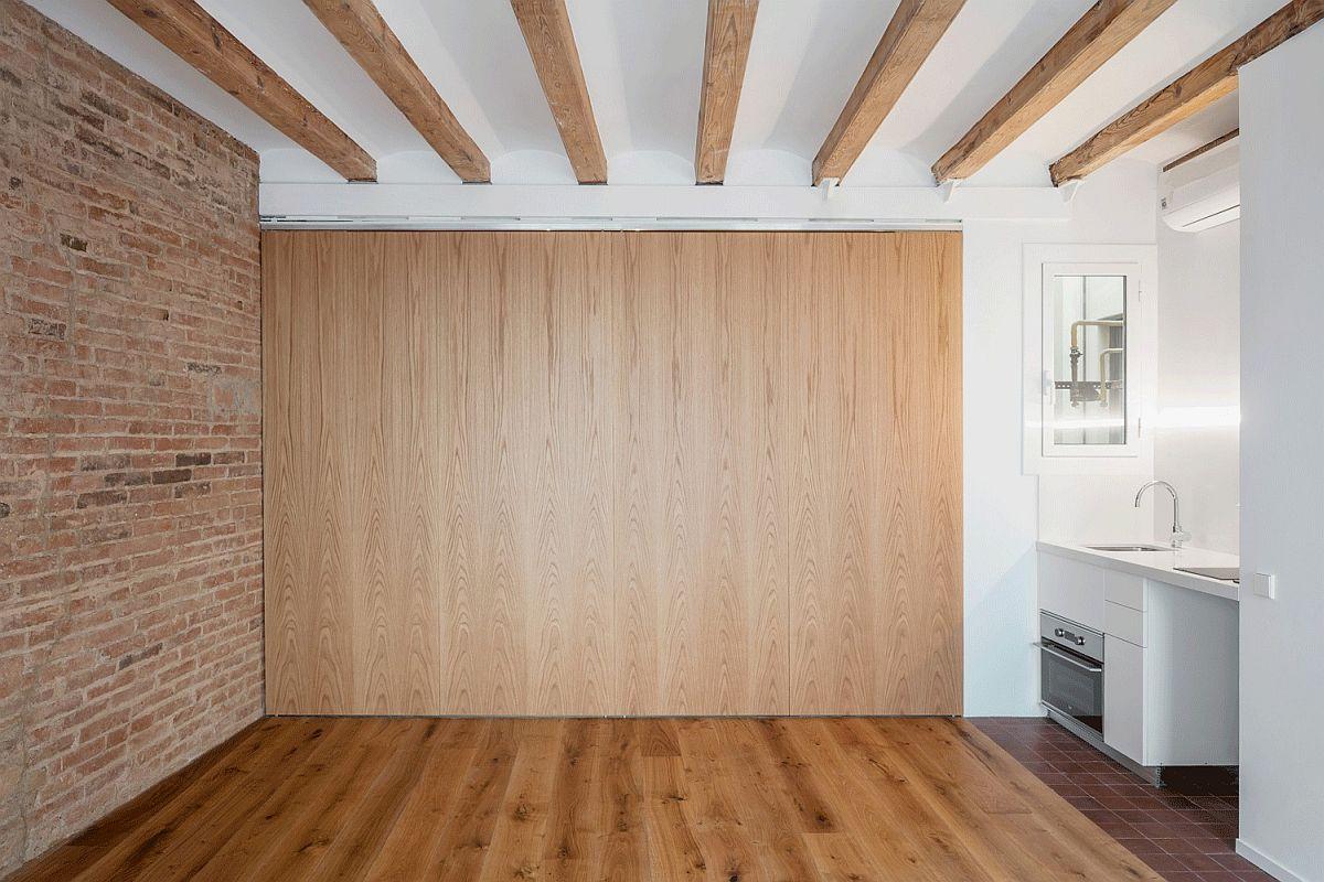 Adaptable and modern Barcelona apartment