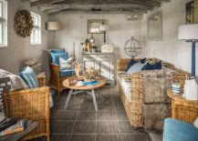 Beach-style-living-room-with-rattan-furniture-217x155