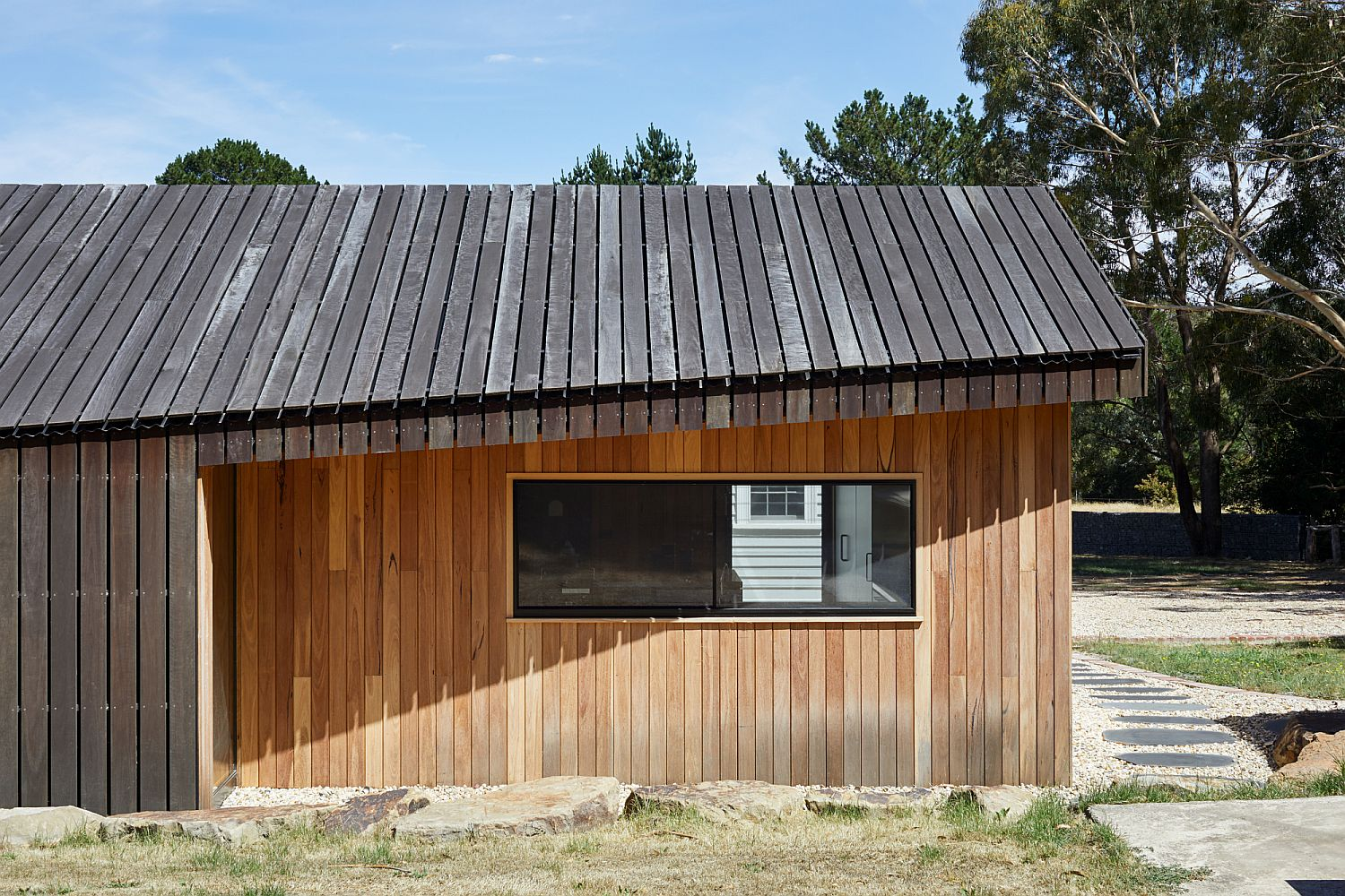 Black-stained-spotted-gum-decking-boards-for-the-exterior-of-the-extension