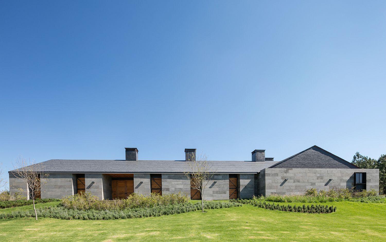 Contemporary Rancho San Francisco with a gray exterior