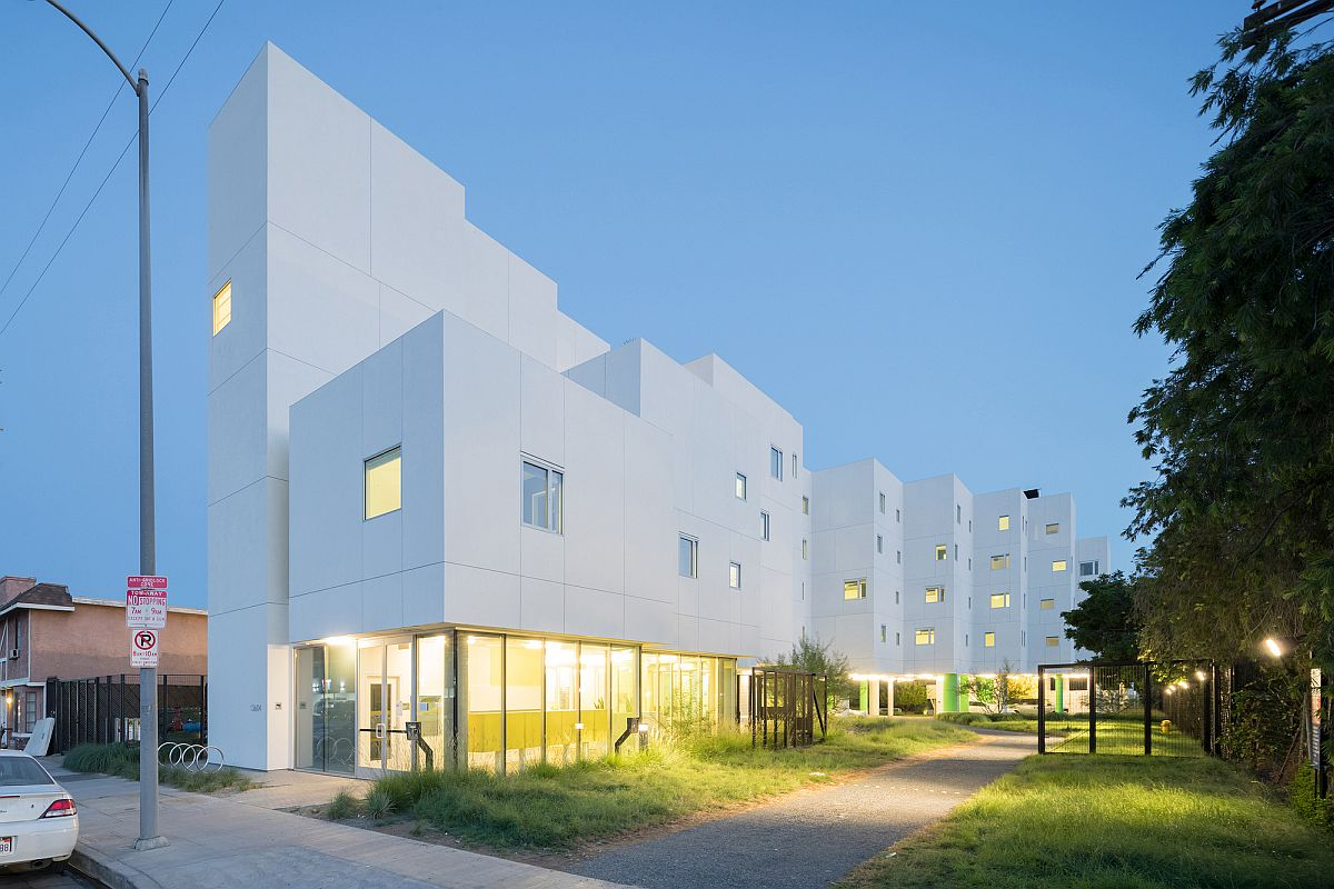 Energy Efficient 64 Apartment Complex In Los Angeles Makes
