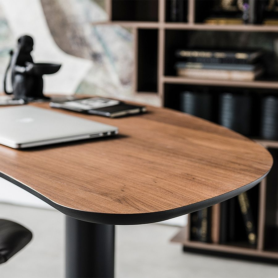 Curvy-desk-with-wooden-tabletop-and-a-metallic-base
