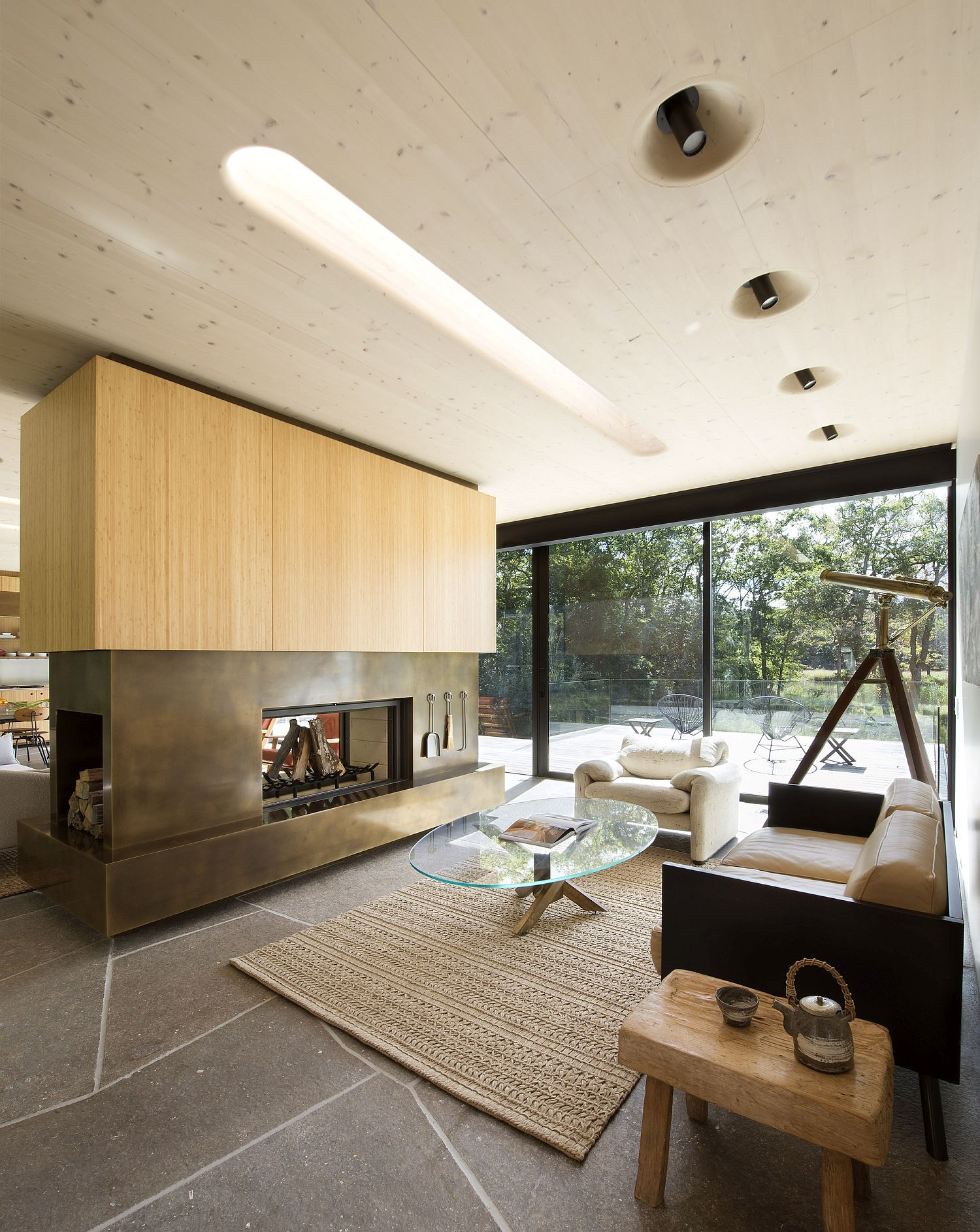 Double sided fireplace for the open plan living area