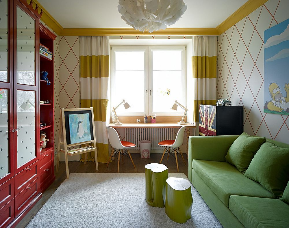 Drapes with yellow stripes for the small kids' room