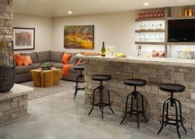 Go-grand-with-your-garage-man-cave-by-adding-a-home-bar-217x155