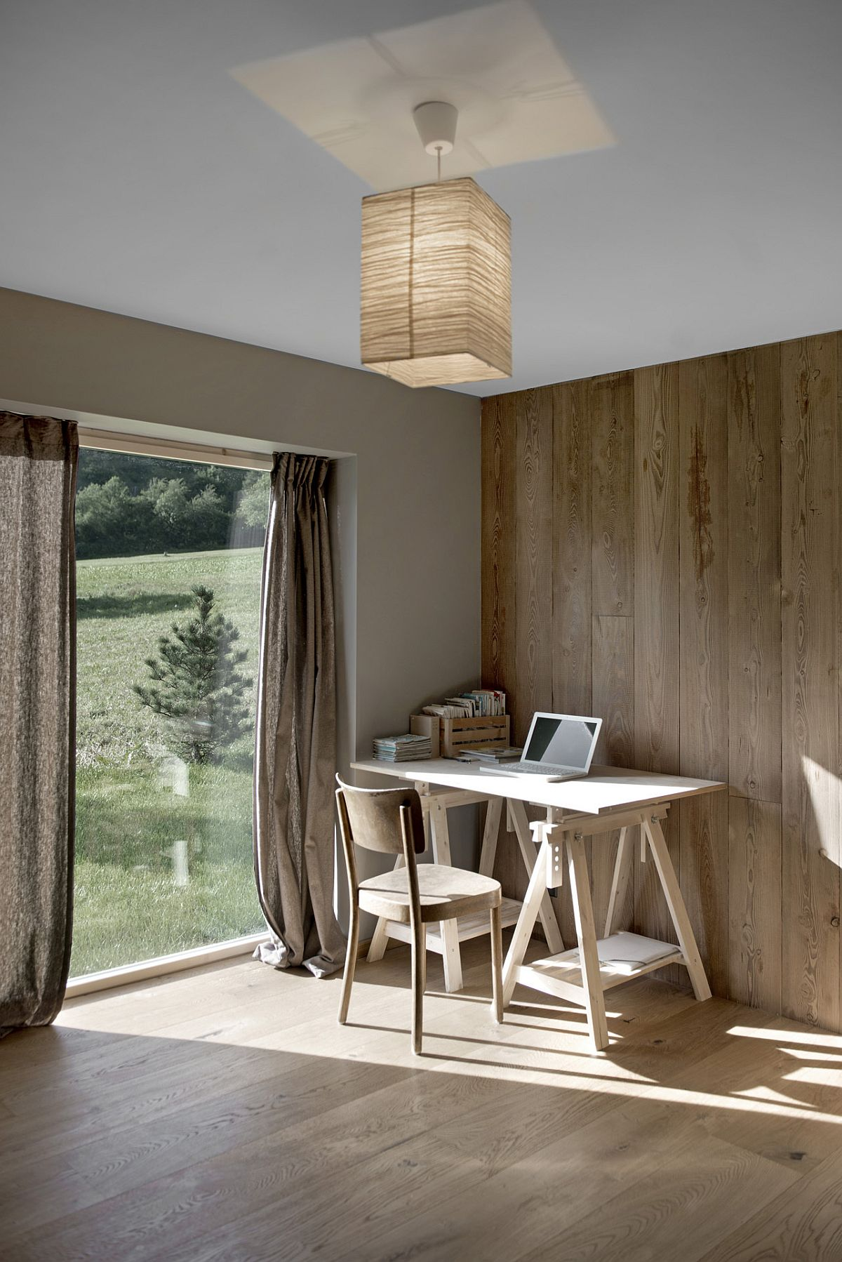 Ground-floor-office-of-the-Swiss-home