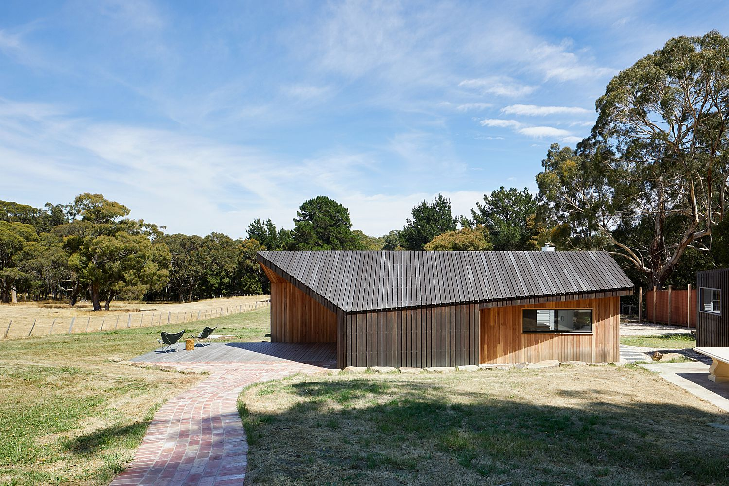 Modern-Limerick-House-Extension-in-Victoria