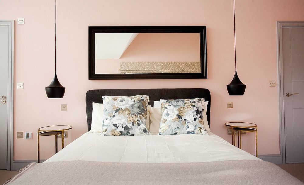 Pendant lights and accents in black for the pastel pink bedroom