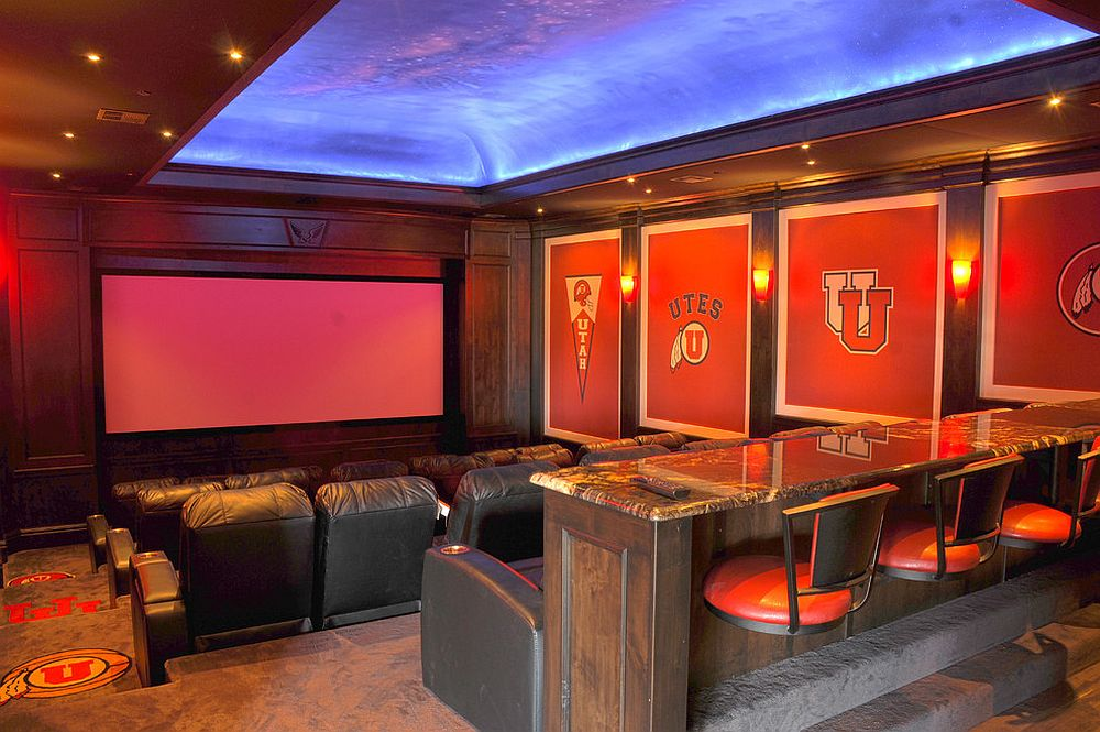 Sky-themed-ceiling-for-the-home-theater