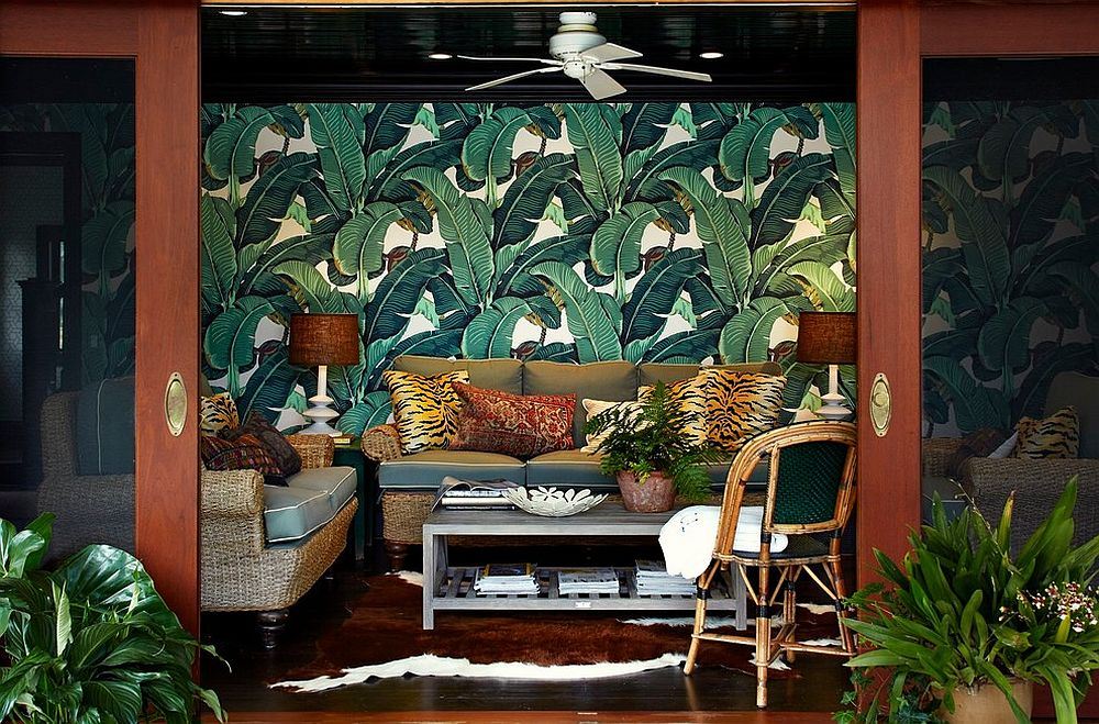 Sliding-glass-doors-for-the-tropical-living-room-with-a-brilliant-wallpapered-backdrop