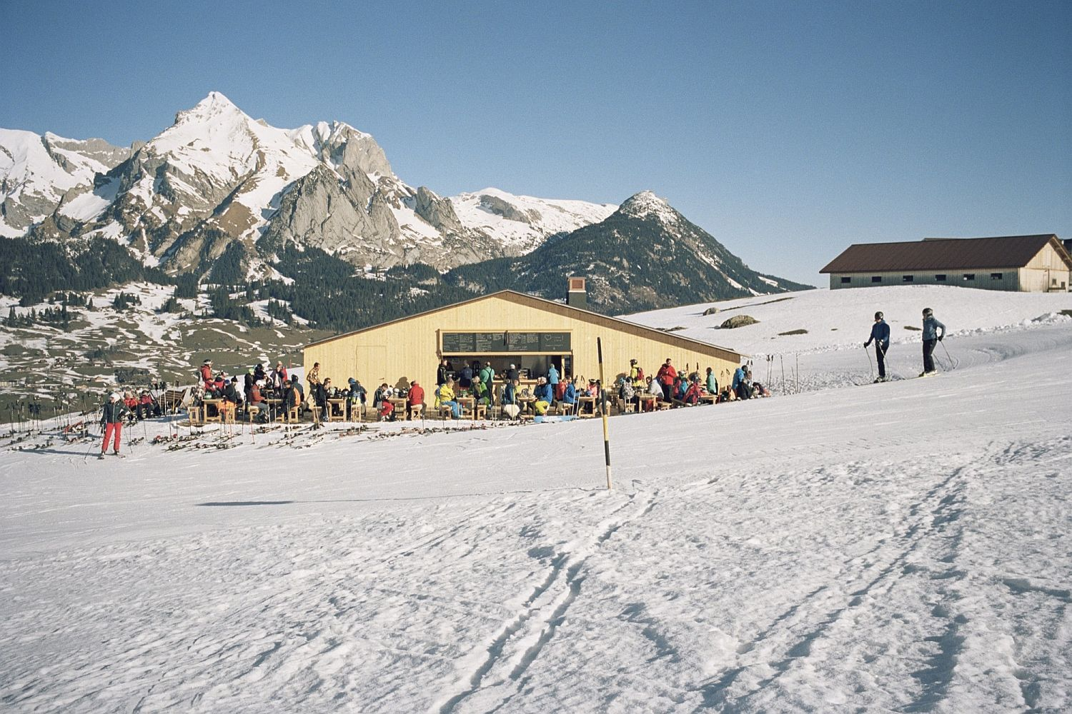 Small-timber-building-directly-leads-to-the-ski-slopes