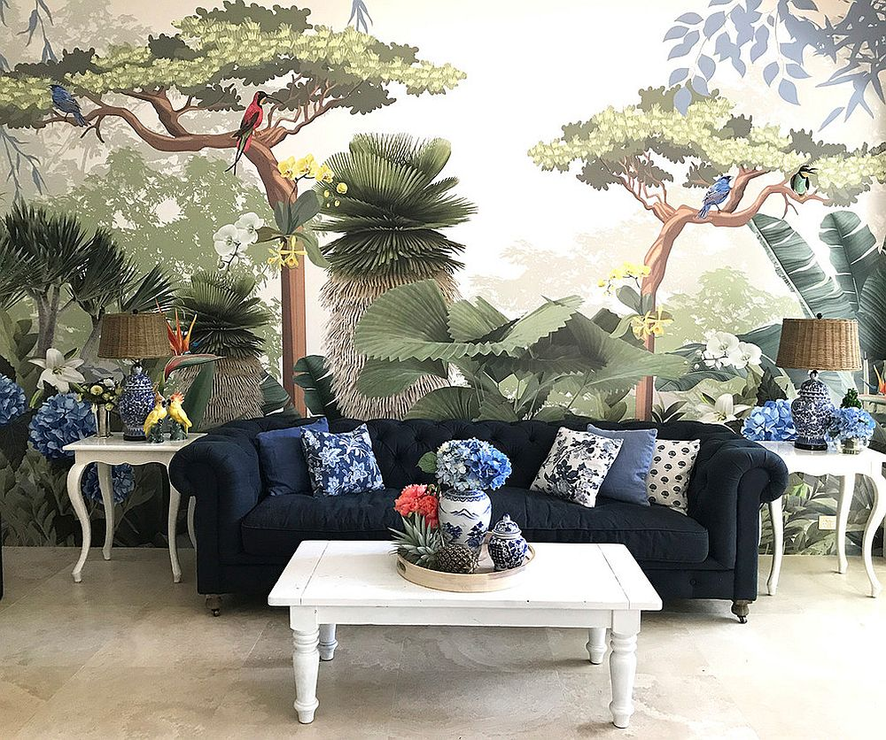 Stunning-wall-mural-in-the-modern-living-room-with-tropical-style