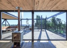 Sweeping-deck-of-the-house-on-first-level-creates-an-open-and-refreshing-living-area-217x155