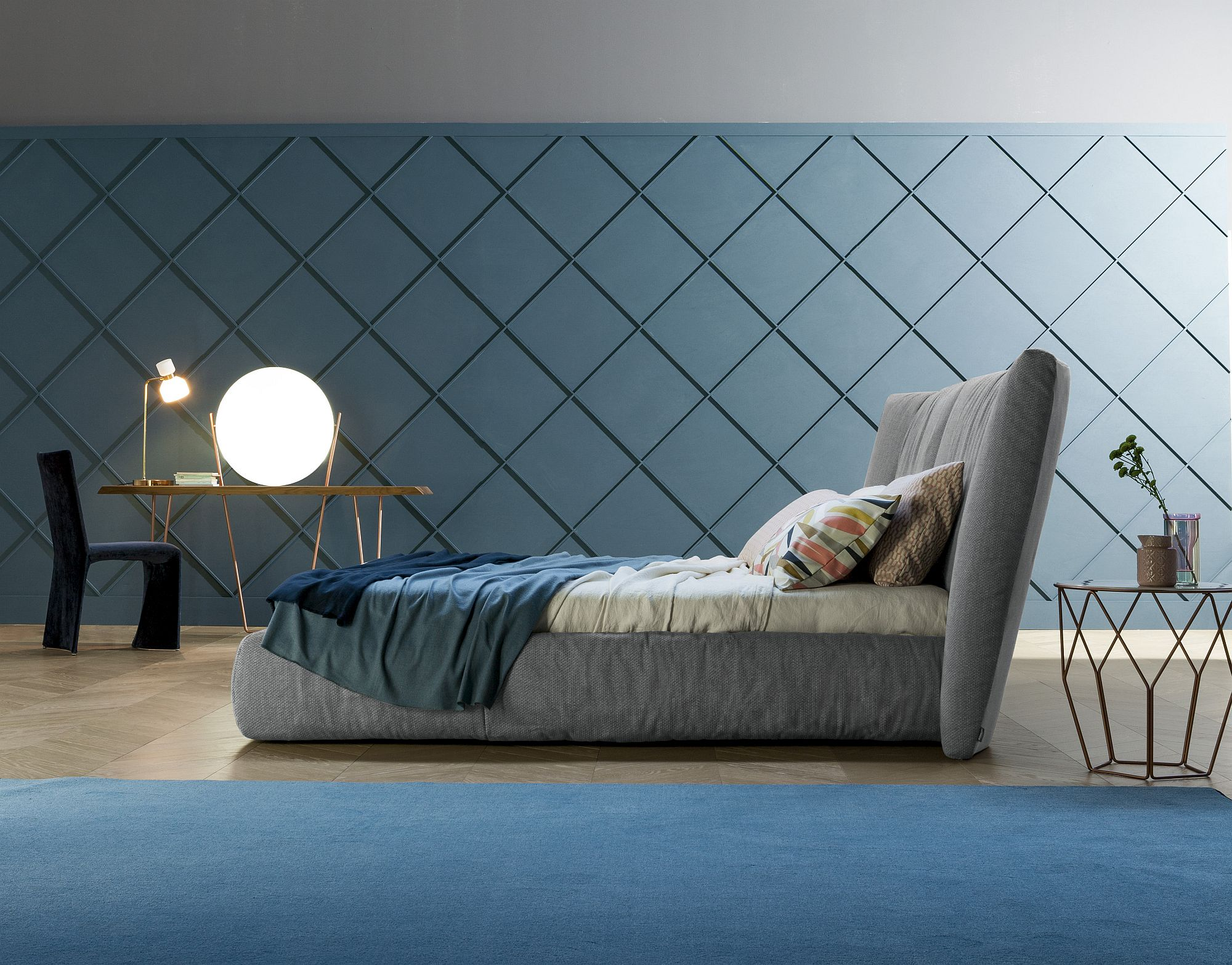 Thick padding of the headboard gives Youniverse an ultra-luxurious look