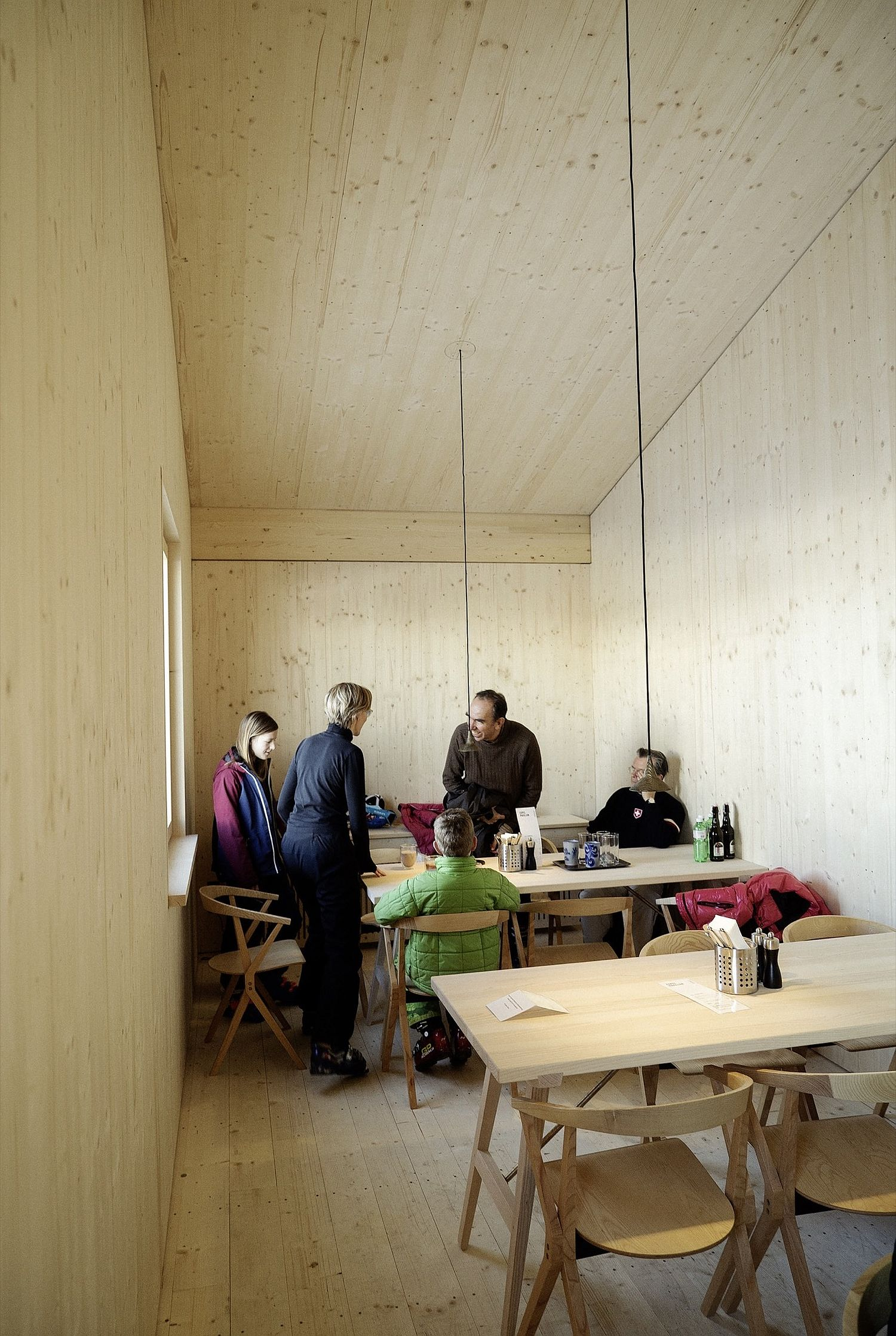 Tiny-cabin-in-wood-offers-shelter-on-the-ski-slopes