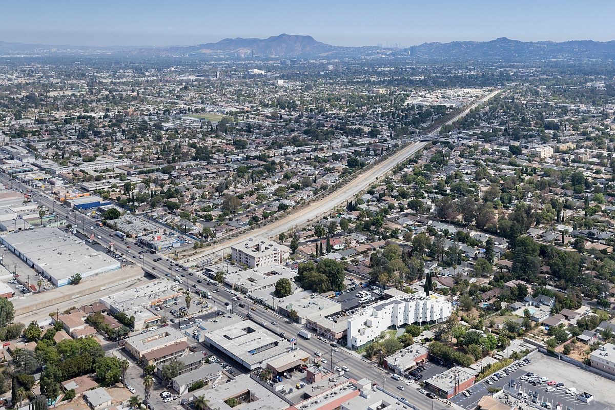 View of the arched apartment complex in LA from above