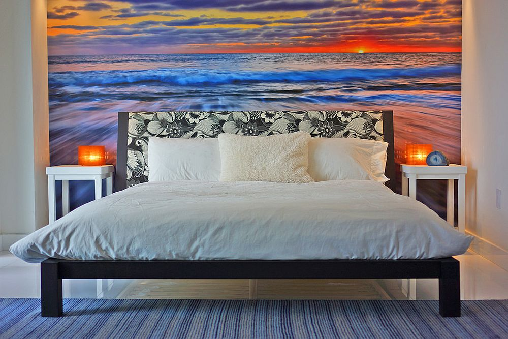 Waves-in-the-backdrop-bring-tropical-zest-to-the-bedroom