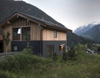 Stunning View of Swiss Mountains and Valleys: Cozy CRN House in Vollèges