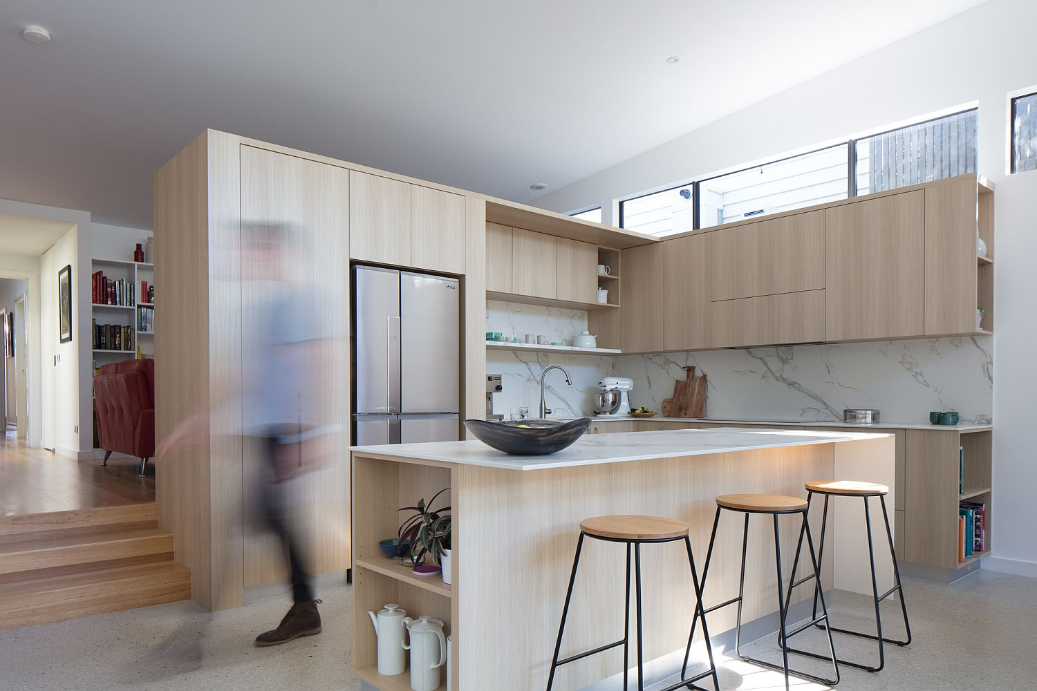 Wood and white kitchen are becoming increasingly popular across the globe