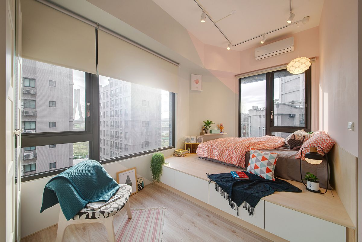 Bed-on-an-elevated-platform-inside-the-tiny-taipei-city-apartment