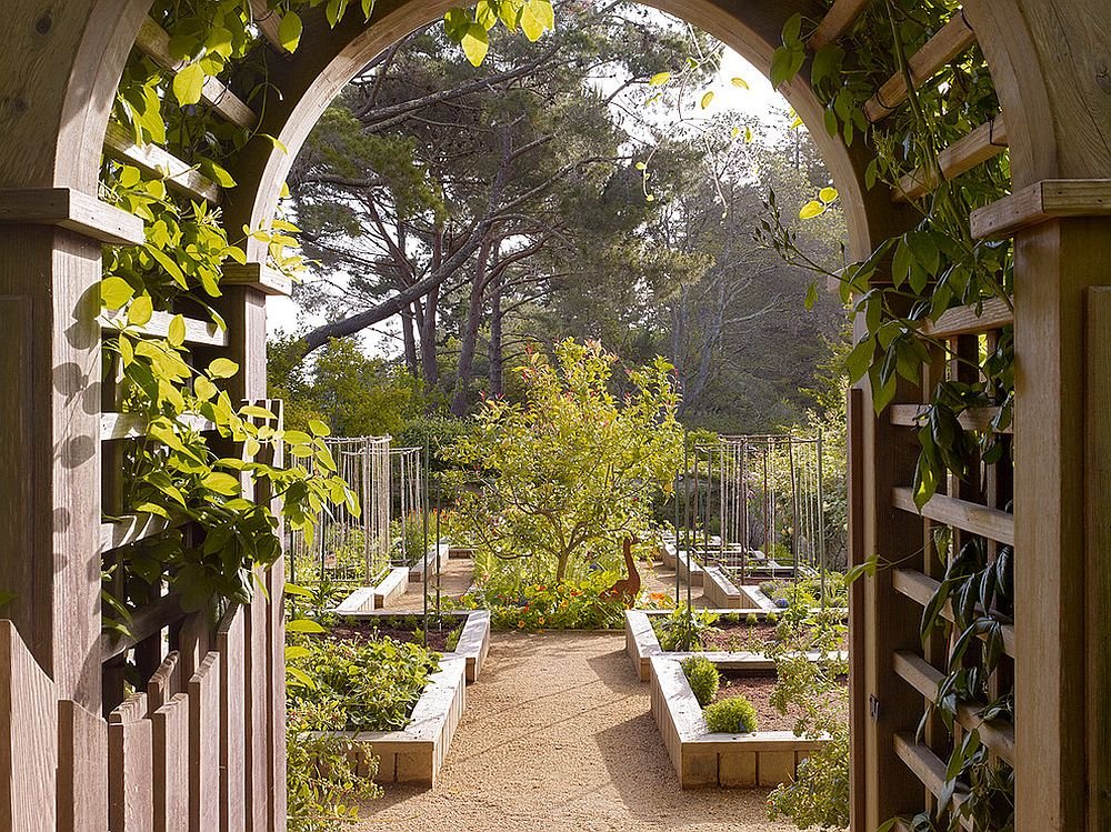 Make sure that the edible garden blends in beautifully with the larger landscape scenery