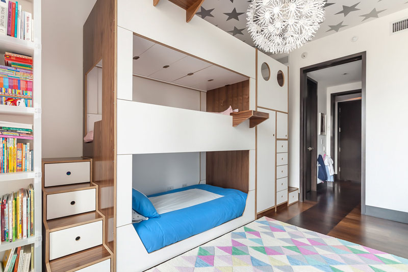 Modern kids' room with cool bunk beds