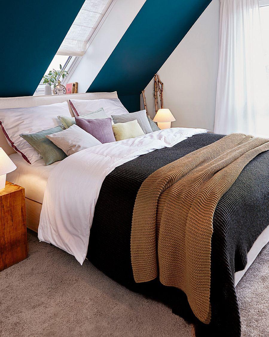 Slanting-walls-for-the-bedroom