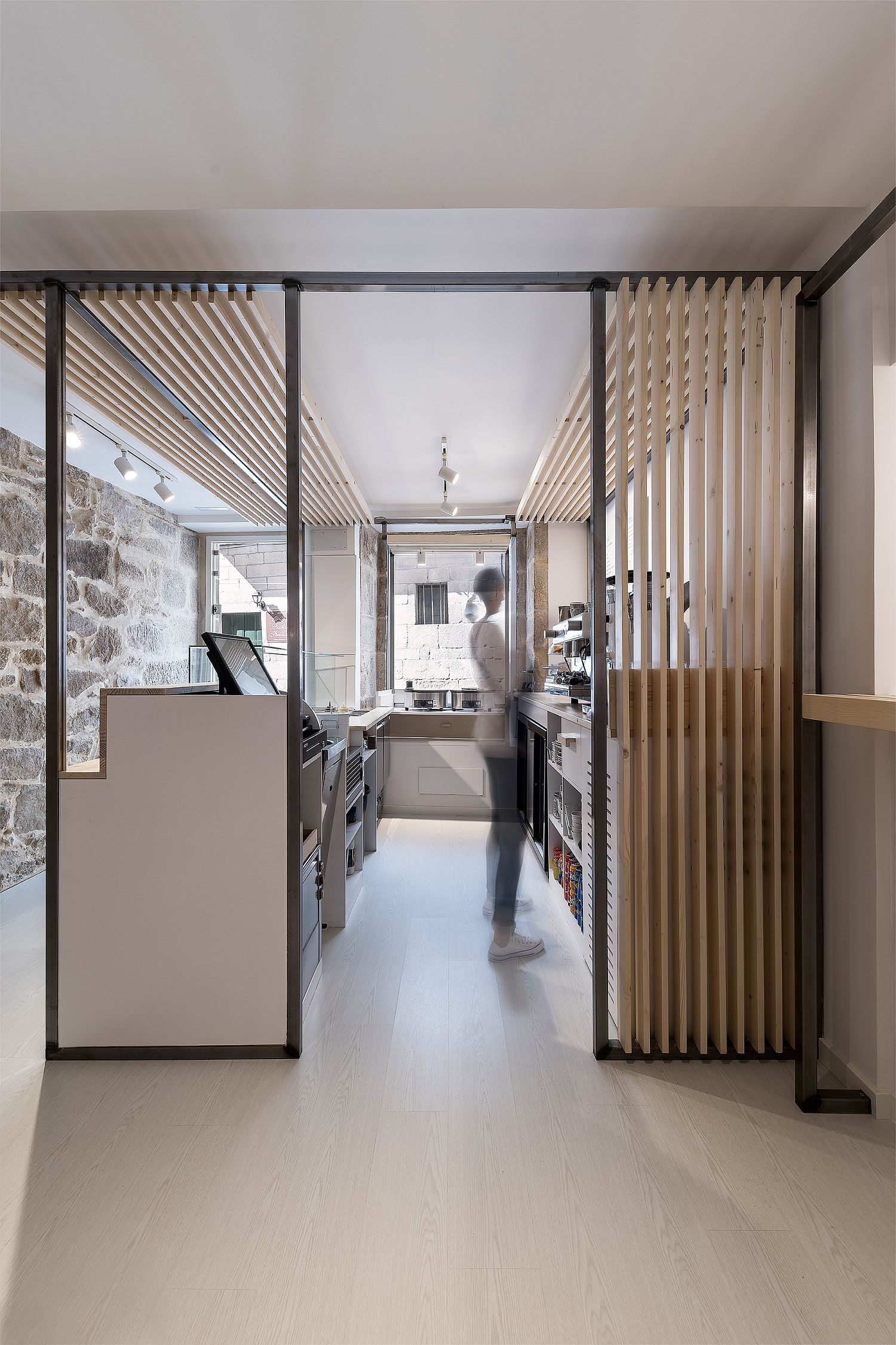 Smart use of space inside the modern eatery makes it more efficient