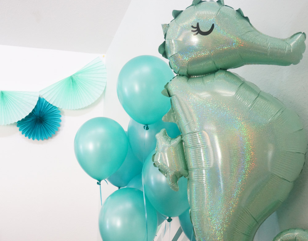 A seahorse balloon adds a dose of whimsy