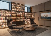 A-wall-of-shelves-for-the-booklover-inside-the-polished-contemporary-home-office-217x155