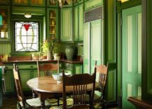 Dark-green-and-yellow-dining-room-with-Victorian-style-217x155