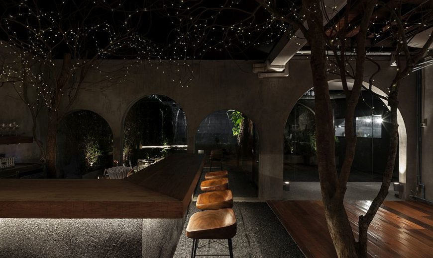 Dreamy Restaurant Escape: Inspired by Starry Moonlit Nights under the Sky!