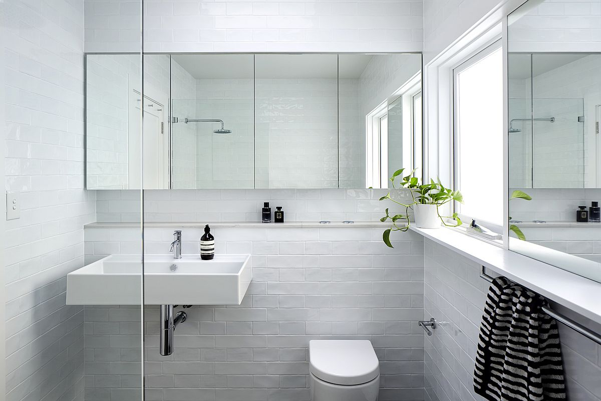 Lovely-use-of-white-tiles-brings-texture-into-the-bathroom