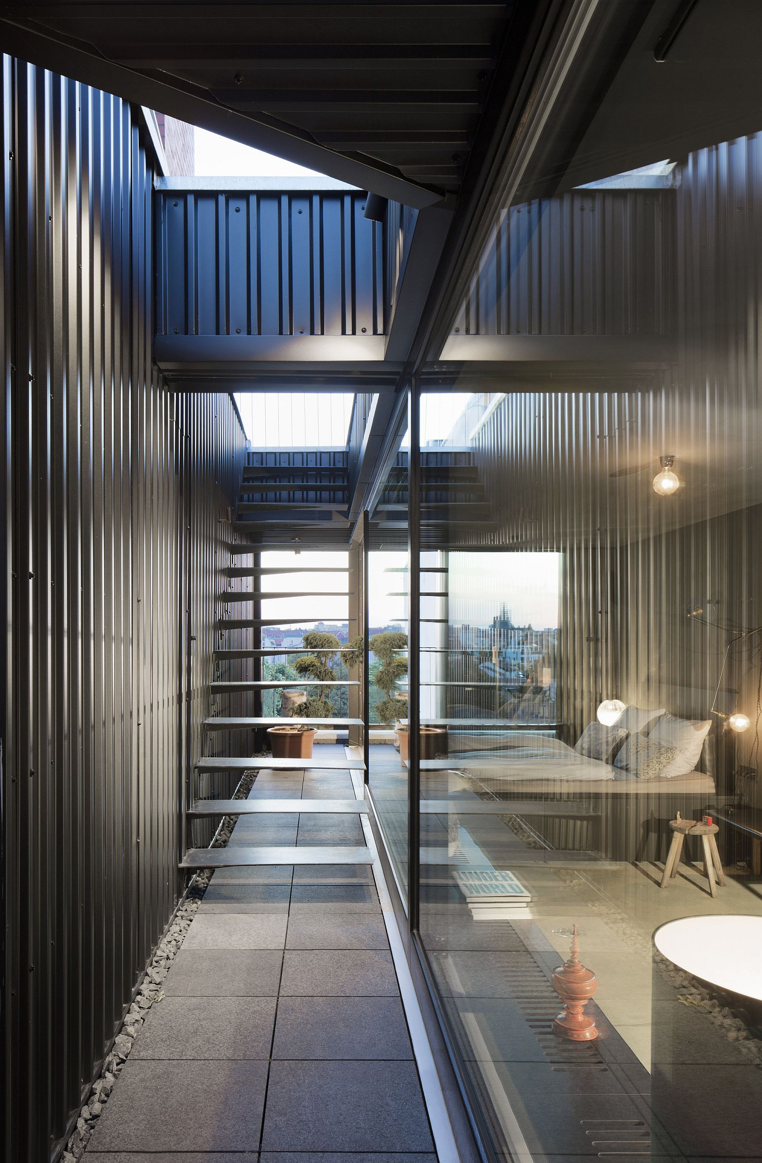 Metal-stone-and-glass-create-a-smart-contemporary-penthouse-in-Berlin
