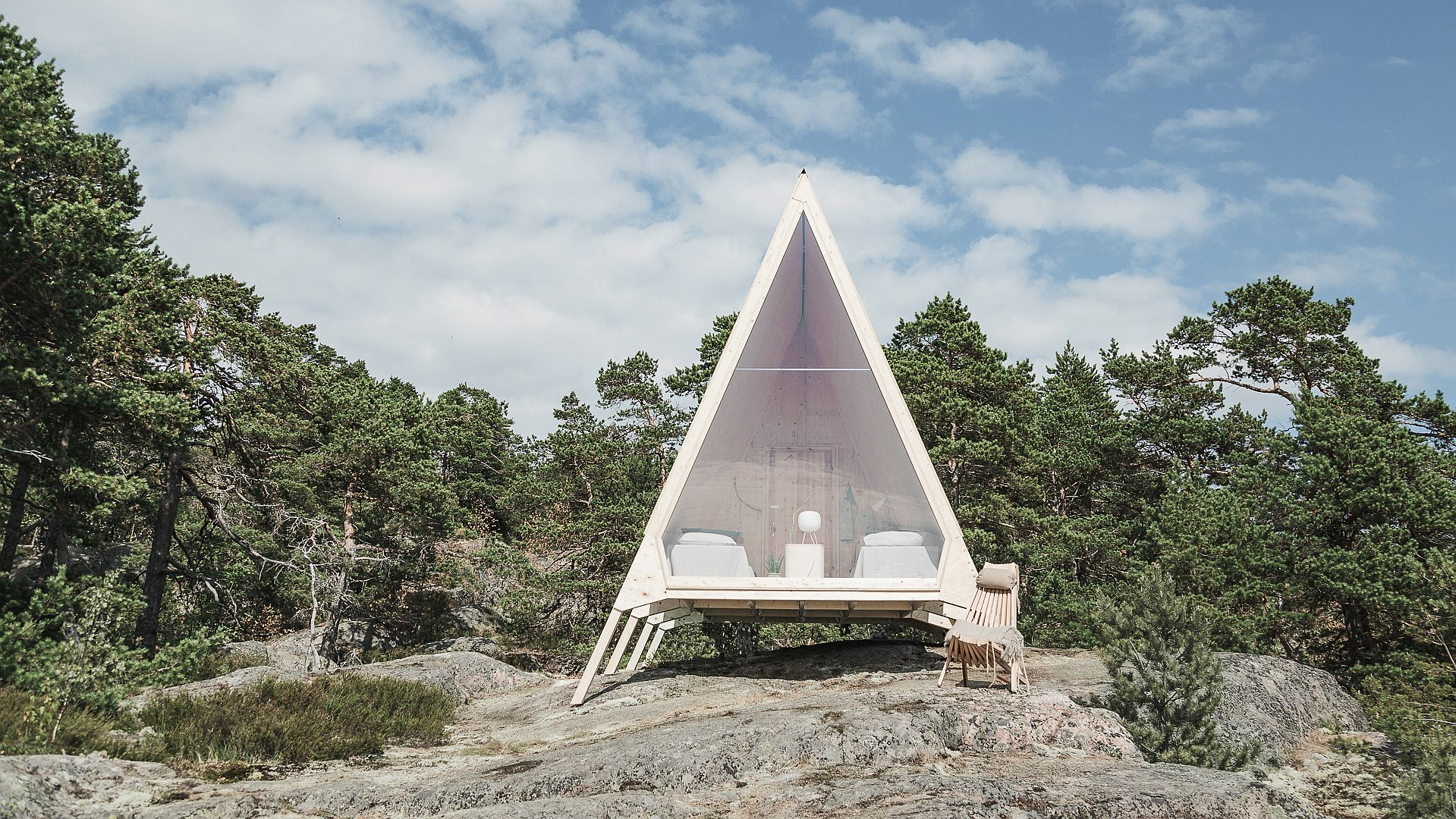 Sustainable Escape: Smart Zero-Emission Cabin Can is Set Up Anywhere!