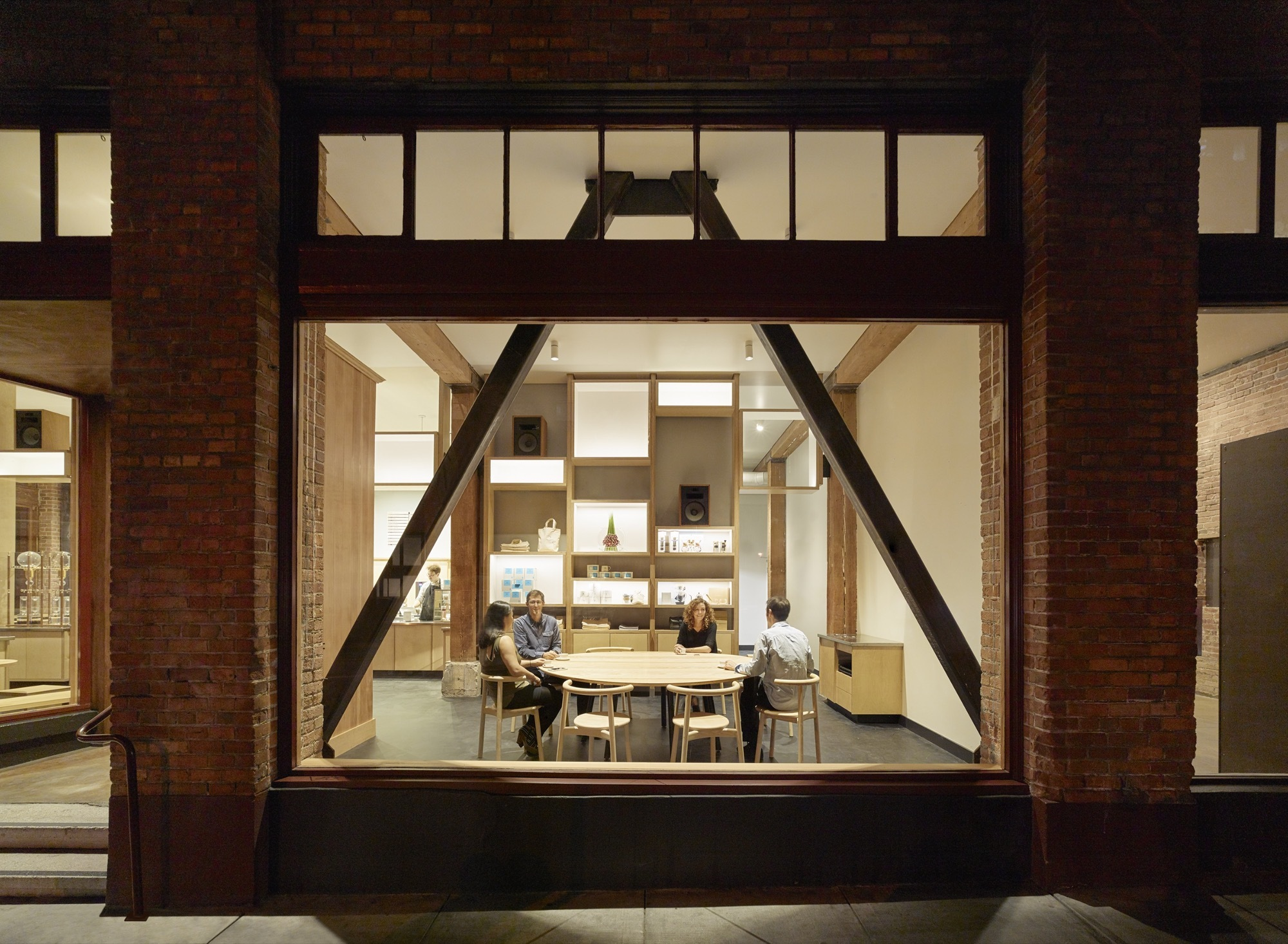 Original-appeal-of-the-warehouse-is-enhanced-with-the-new-cafe-design