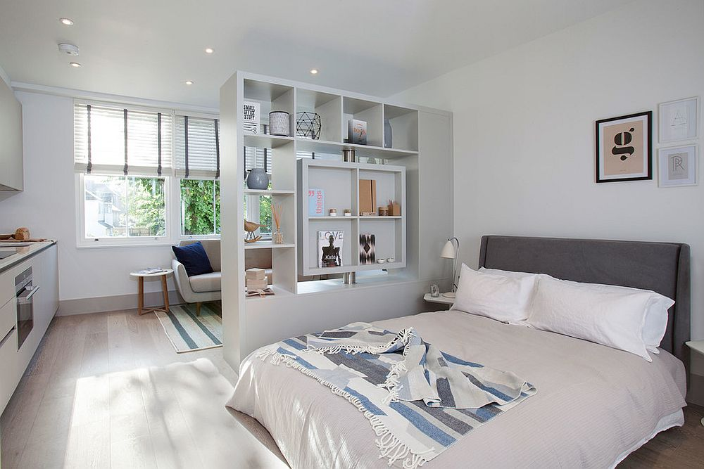Scandinavian-style-bedroom-with-a-room-divider-that-doubles-as-a-cool-display