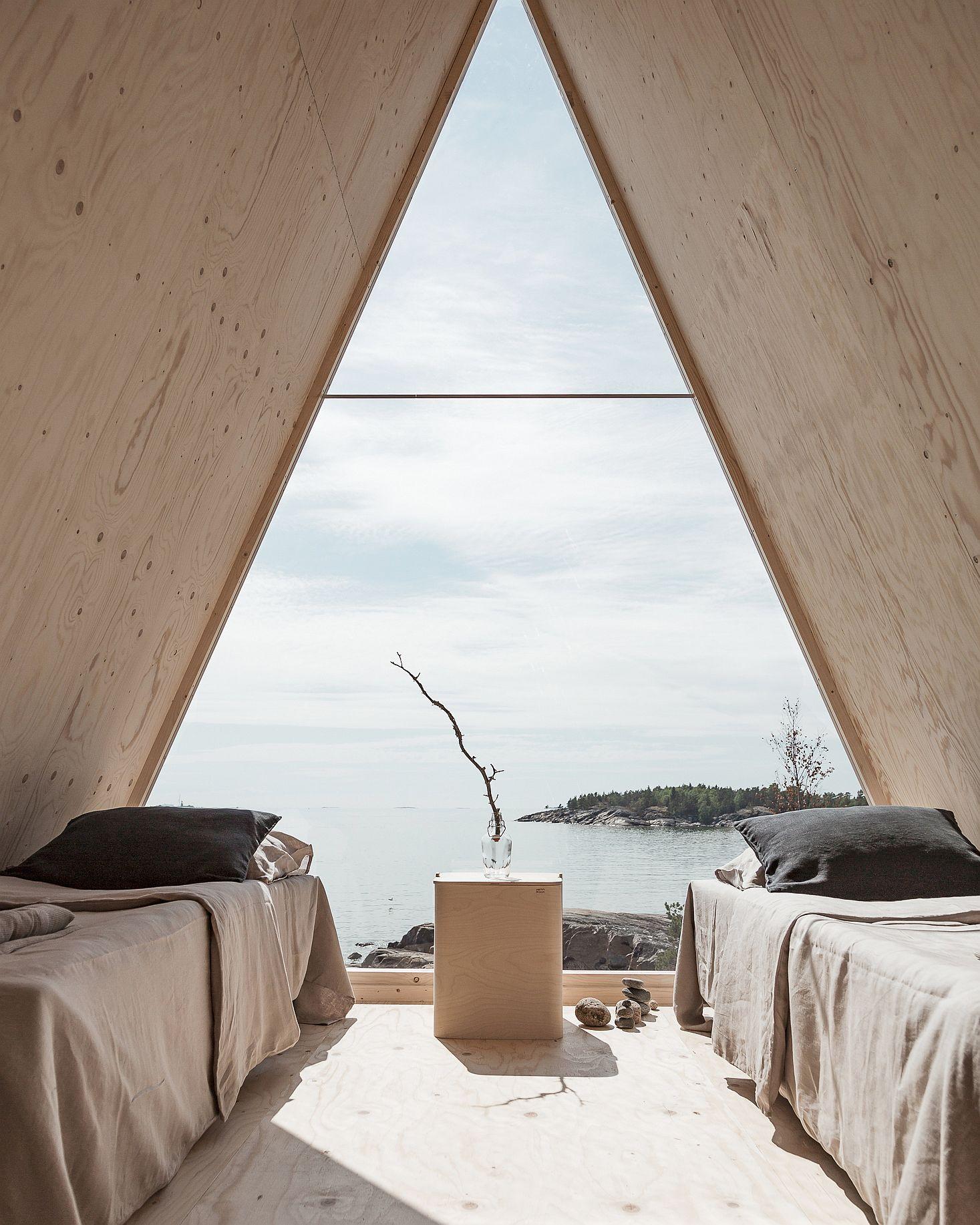 Simple sleeping arrangements inside the vabin