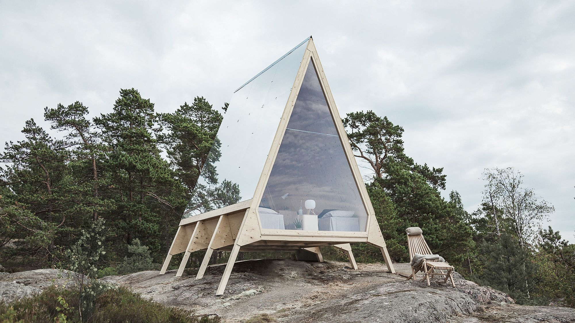 Sustainable and Zero-energy cabin that can function off-grid