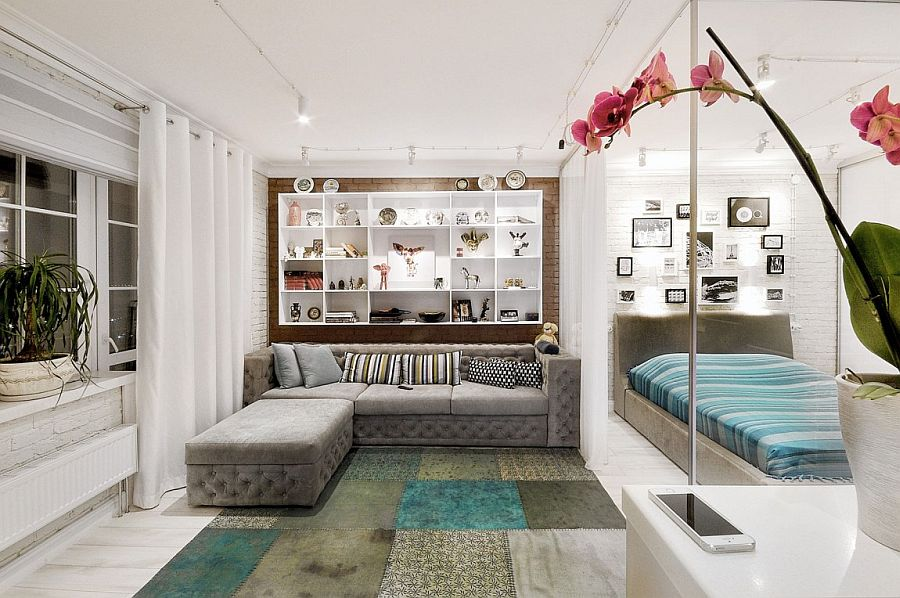 Tiny-living-room-of-the-small-Russian-apartment