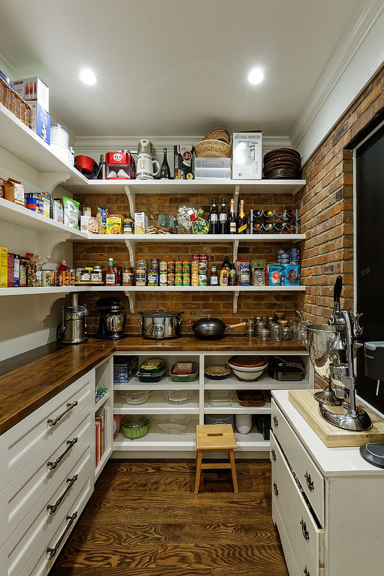 Turn the nook next to the kitchen into a spacious and dedicated pantry