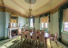 Victorian-style-dining-room-with-ornate-ceiling-217x155
