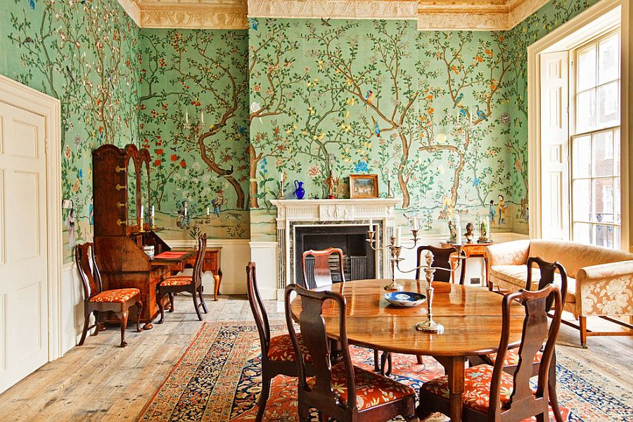 Wallpaper in green with floral and natural pattern for the traditional dining room