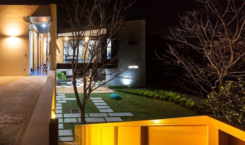 Beautiful and modern Menari Residence in Costa Rica