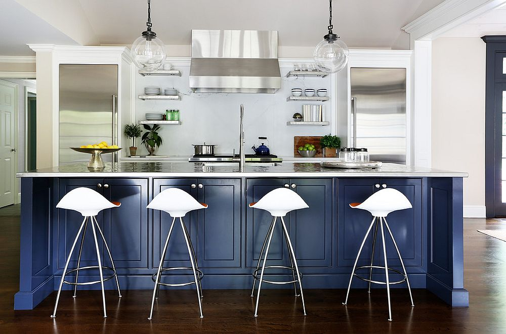Exquisite kitchen island in navy blue for the bright, contemporary kitchen