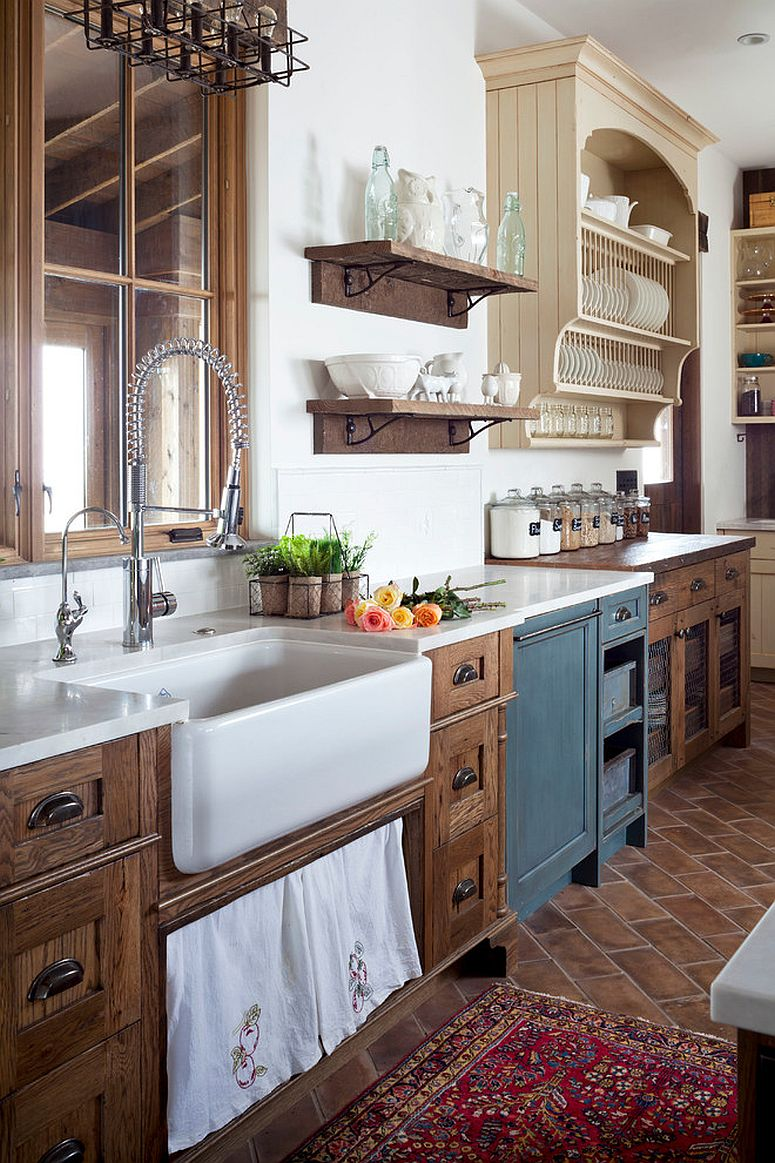 Farmhouse kitchen with a touch of vintage