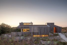 Green Roof and a Smart Bedroom Level Leave You Charmed at this Holiday Home