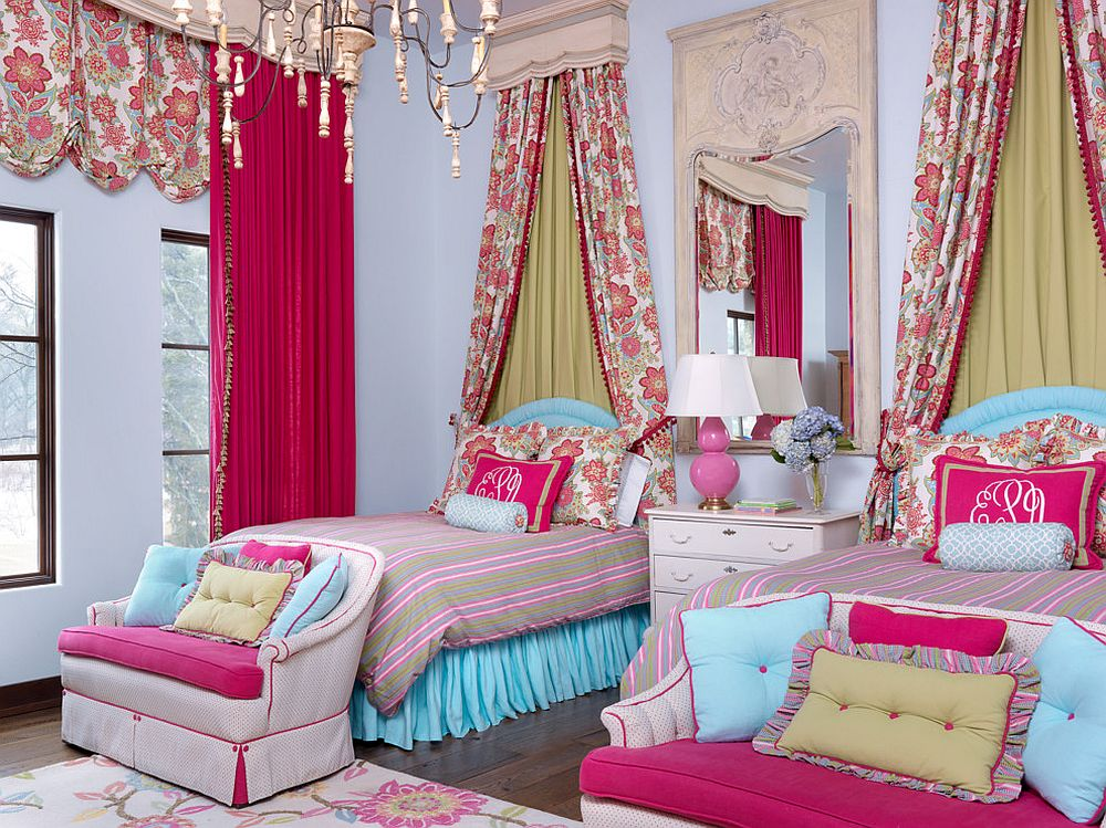 Modern Mediterranean kids' room inside the Tuscan villa in pink and blue