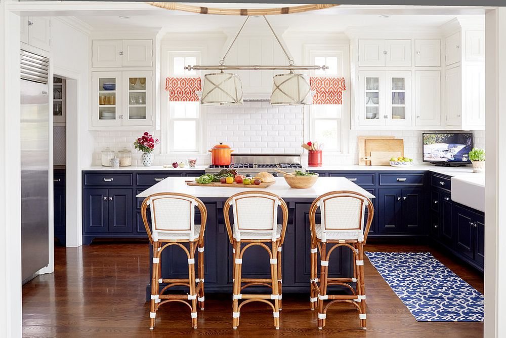 Modern beach style kitchen in white and navy blue